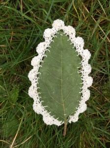 Crocheted leaf